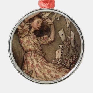 Alice & korten av Arthur Rackham Julgransprydnad Metall