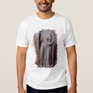 Allegorical figur av det kyrkliga innehav en tee shirts