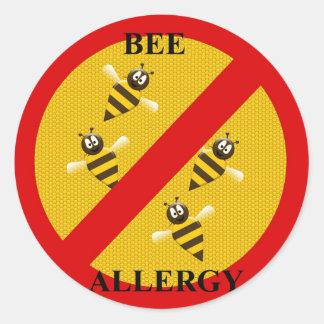 Allergiskt till bin runt klistermärke
