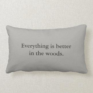 Allt är bättre i skogen - grått kudder lumbarkudde