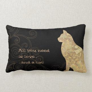 Allt som du behöver, är kärlek katten virvlar runt lumbarkudde
