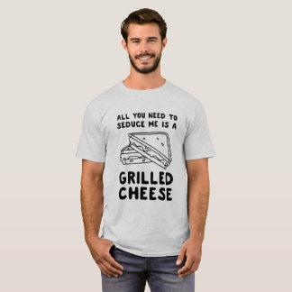 Allt som du behöver att förföra mig, är en grillad tröja