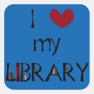 Älska mitt bibliotek - ändra färg fyrkantigt klistermärke