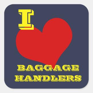 """""""Älskar jag bagageförlagehanterare"""" bagage Fyrkantigt Klistermärke"""