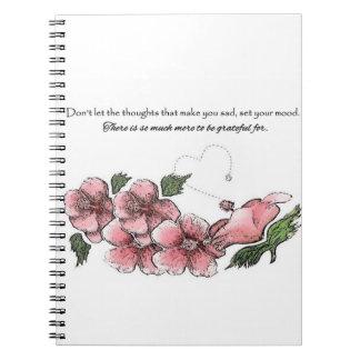 Älskvärd rosa hibiskus med citationstecken anteckningsbok