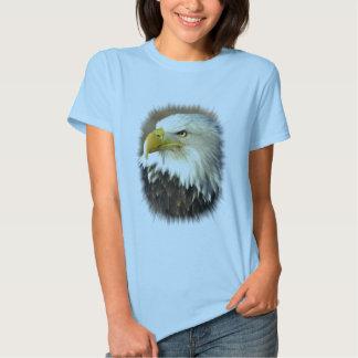 Amerikanörnkvinna utslagsplats t-shirts