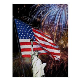 Amerikanska flaggan, fyrverkerier och vykort