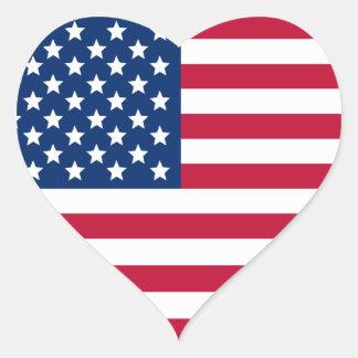 Amerikanska flaggan hjärtformat klistermärke