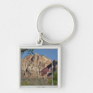 Amerikanska flaggan i den Zion nationalparken mig Fyrkantig Silverfärgad Nyckelring