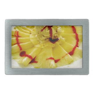 Ananasskivor med vaniljglass