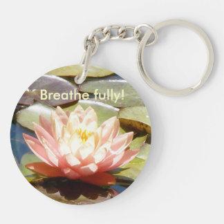 Andas fullständigt rosa lotusblomma Keychain