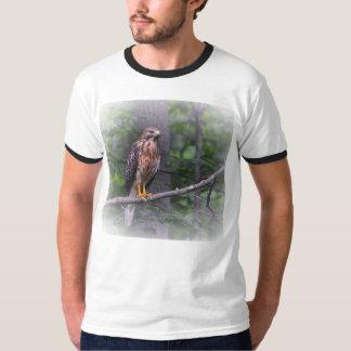Ande av höken tee shirts