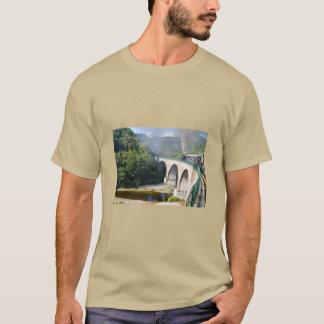 Ångatåg överbryggar på tee shirts