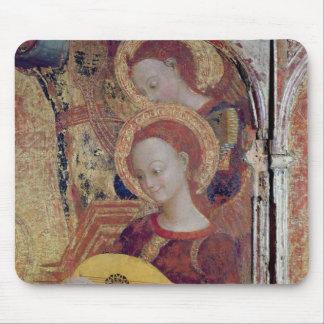 Ängelmusiker från målning av oskulden och barnet musmatta