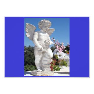 Ängelstaty i blått och vit mig 12,7 x 17,8 cm inbjudningskort