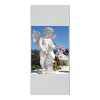 Ängelstaty i blåttdropp 10,2 x 23,5 cm inbjudningskort