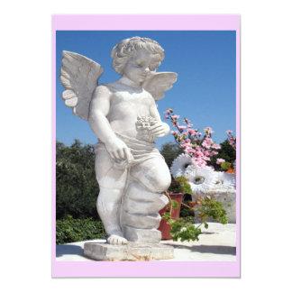 Ängelstaty i rosor 12,7 x 17,8 cm inbjudningskort