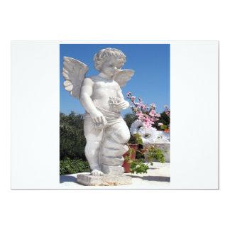 Ängelstaty i vit och grå färg 12,7 x 17,8 cm inbjudningskort
