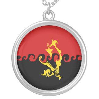 Angola Gnarly flagga Halsband Med Rund Hängsmycke