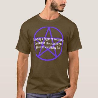 Anklaga en Pagan av att tillbe skjortan för T Shirts