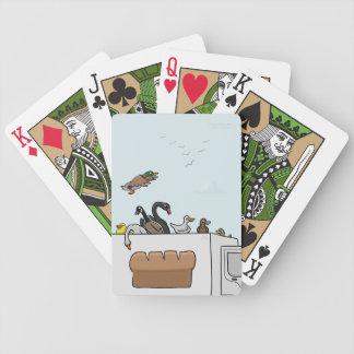 Ankor på lastbilar som leker kort spelkort