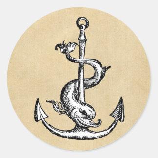 Ankra och delfinen - Festina Lente Runt Klistermärke