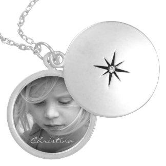 Anpassningsbar ditt foto personifierade flickor halsband med rund berlock