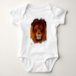 Ansikte av målat ett lejont realistiskt t shirts