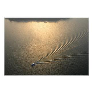antennen avbildar av fartyget i sjön Gatun Panama Fototryck