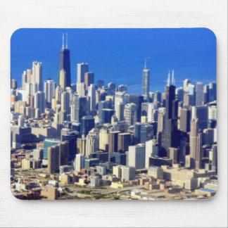Antennen beskådar av Chicago i city med sjön Musmatta