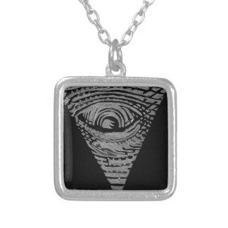 Anti-Illuminati Silverpläterat Halsband