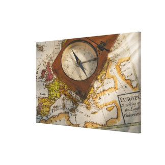 Antik kompass på karta canvastryck
