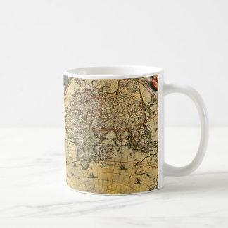 Antik världskarta bekymrad #2 kaffemugg