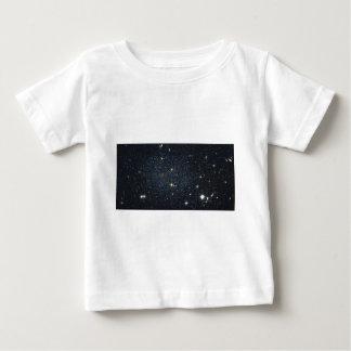 Antlia dvärg- galax t-shirts