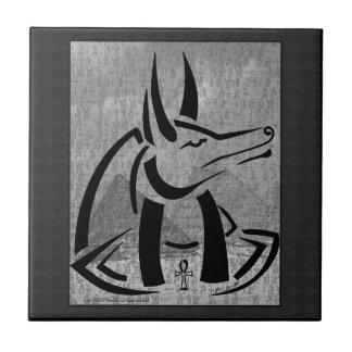 Anubis belägger med tegel kakelplatta