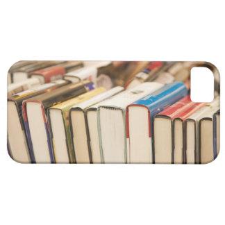 Använda bokar på en genomsökanderea iPhone 5 skydd