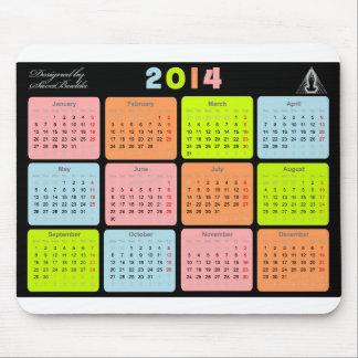 Användbar gåva med kalendern för 2014 musmatta