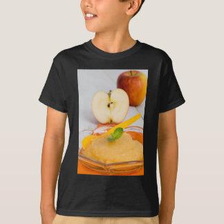 Applesauce med kanel och den orange skeden tröjor