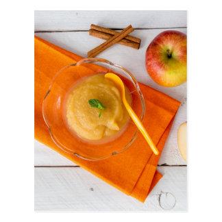 Applesauce med kanel och den orange skeden vykort