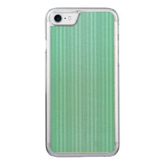 Aquamarinekricka och mönster för gröntlodrätrandar carved iPhone 7 skal