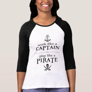 Arbetsnågot liknande en kapten, leknågot liknande tröja