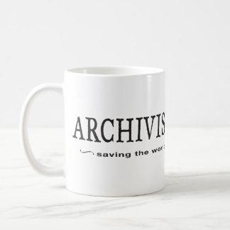 Arkivarier - besparing världen kaffemugg