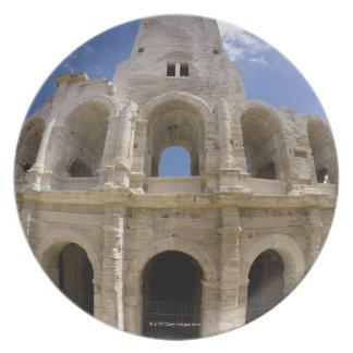 Arles frankrike som är yttre av den Arles antikvit Dinner Plate