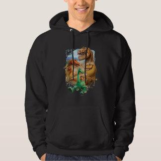 Arlo, fläck och ranchägare i skog tröja med luva