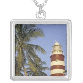 Armbåga cayen, karibiskt Bahamas, Abaco. Hopetown Silverpläterat Halsband