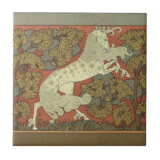 Art nouveau som kråma sig hästen liten kakelplatta
