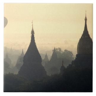 Asien Burma, (Myanmar), hettluft för Pagan (Bagan) Kakelplatta