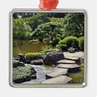 Asien Japan, Tokyo. Den japanska trädgården på Julgransprydnad Metall