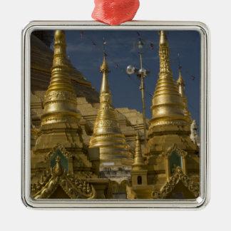 Asien Myanmar, Yangon. Guld- stupa av Shwedagon Julgransprydnad Metall