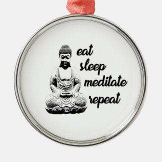Äta, sova, meditera, repetition julgransprydnad metall